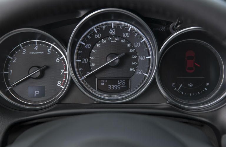 Gauges in Mazda CX-5