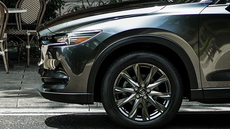 Front fender view of the 2019 Mazda CX-5