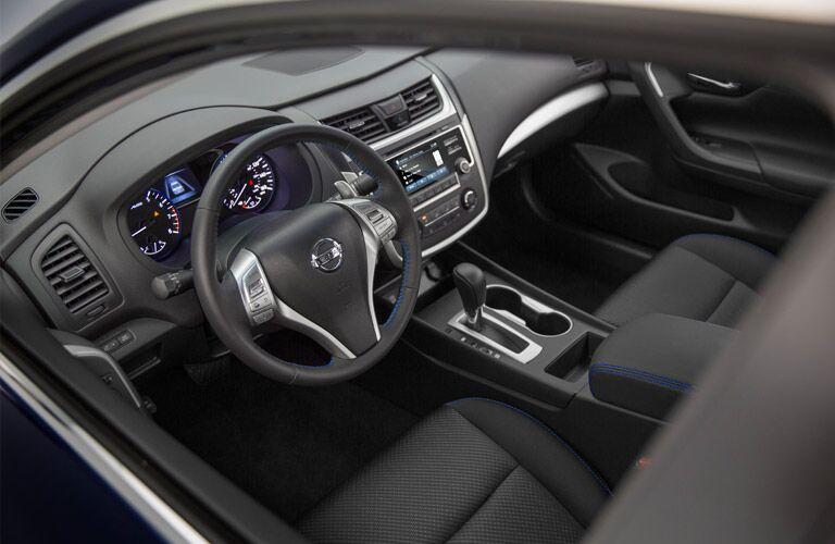 2016 Nissan Altima interior front driver's seat