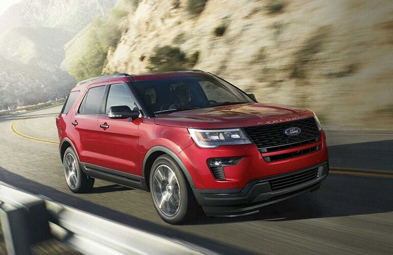 2018 Ford Explorer driving along a cliff