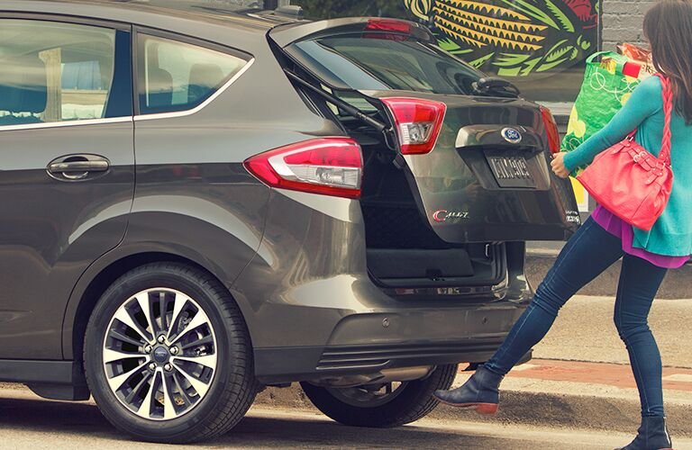 2018 Ford C-MAX Hybrid hands-free, foot-activated liftgate