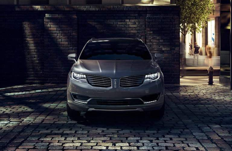 2018 Lincoln MKX exterior front view