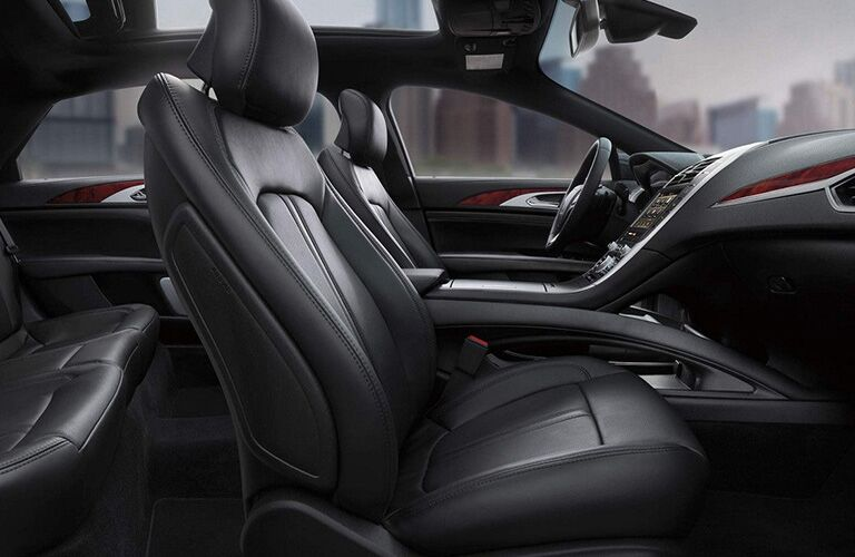 2018 Lincoln MKZ interior front seats