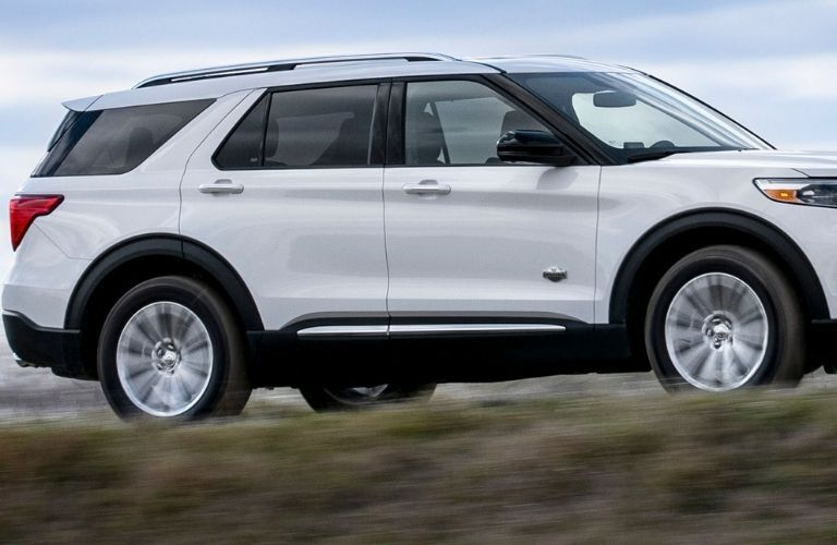 2022 Ford Explorer partial side view