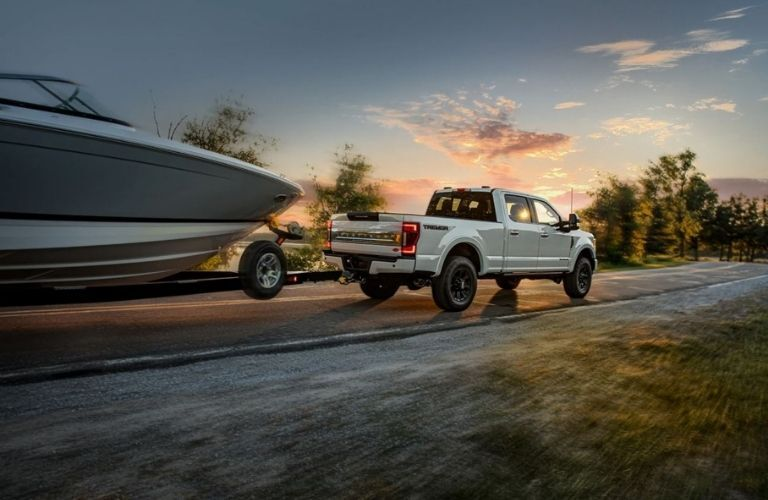2022 Ford Super Duty Platinum towing