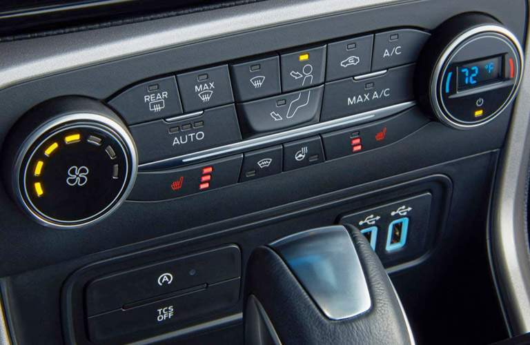 2018 Ford EcoSport climate controls