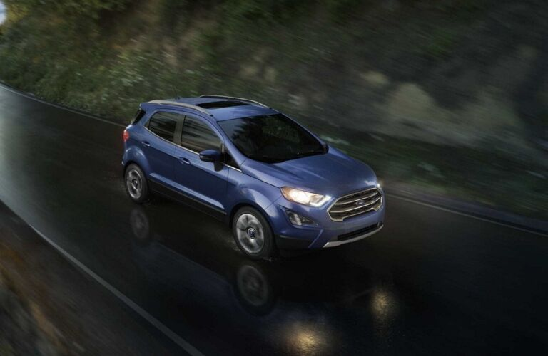 2018 Ford EcoSport blue top view in the rain