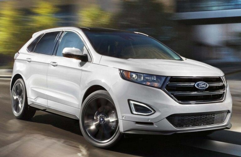 2018 Ford Edge Sport white side view