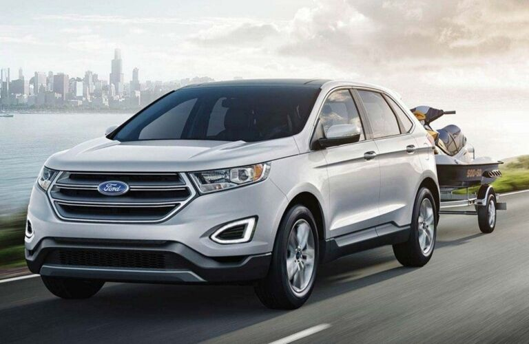 2018 Ford Edge white front view towing