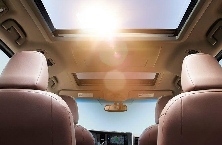 Interior view of 2017 Toyota Sienna