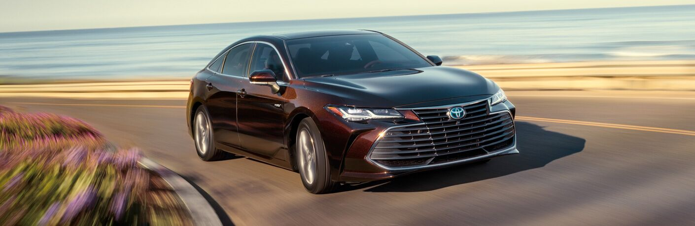 Front exterior view of a black 2019 Toyota Avalon
