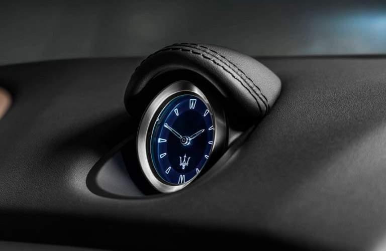 2020 Maserati Ghibli clock