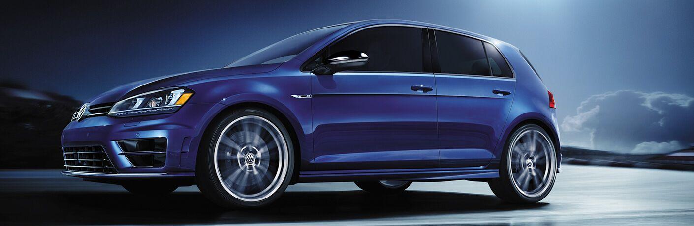 Front/side profile of blue 2018 Volkswagen Golf R