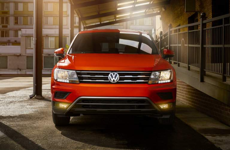 Front profile of orange 2018 Volkswagen Tiguan