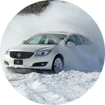 does the buick regal have an awd model?