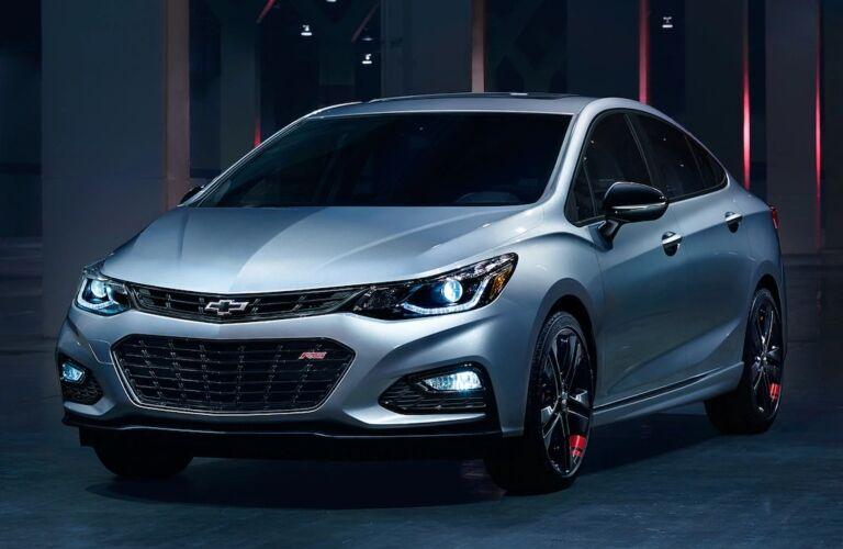 2018 Chevy Cruze Artic Blue red line package