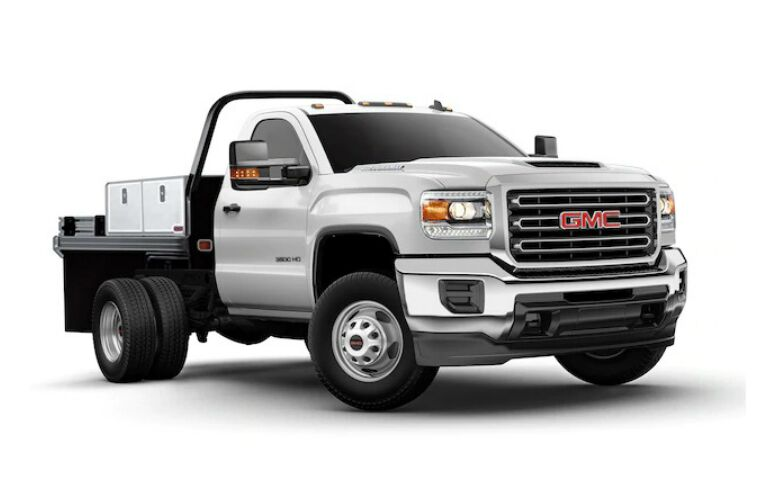 2018 GMC Sierra HD Chassis Cab white side view