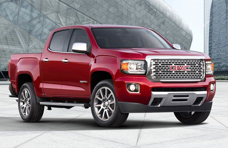 2019 GMC Canyon Denali front red side view