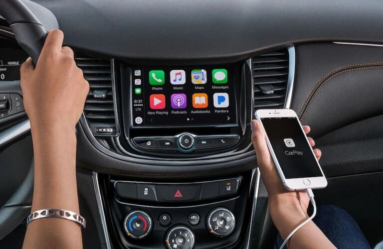 2019 Chevy Trax infotainment screen with Apple CarPlay