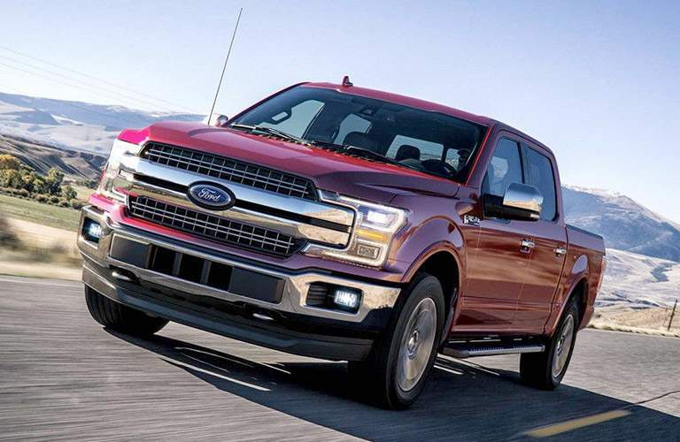 2018 ford f-150 front view detail driving
