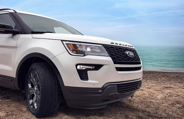 2019 ford explorer front view detail