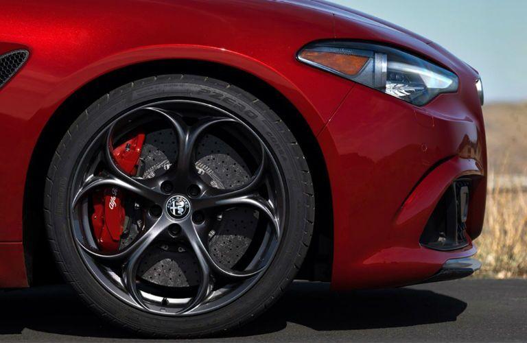 2018 Alfa Romeo Giulia wheel
