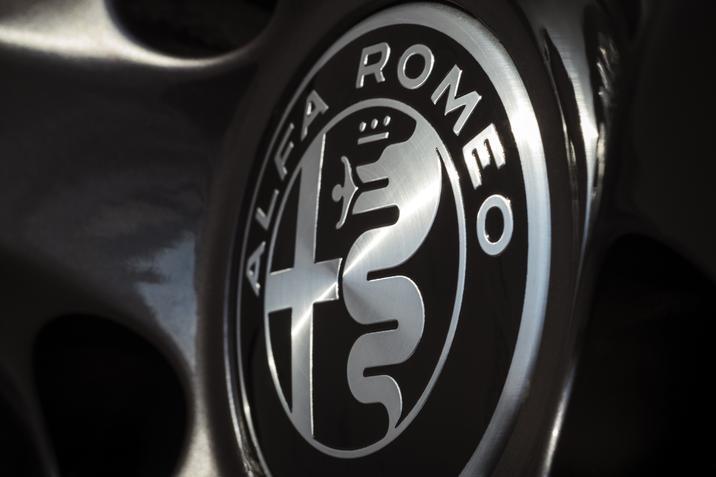 2019 Alfa Romeo Giulia logo