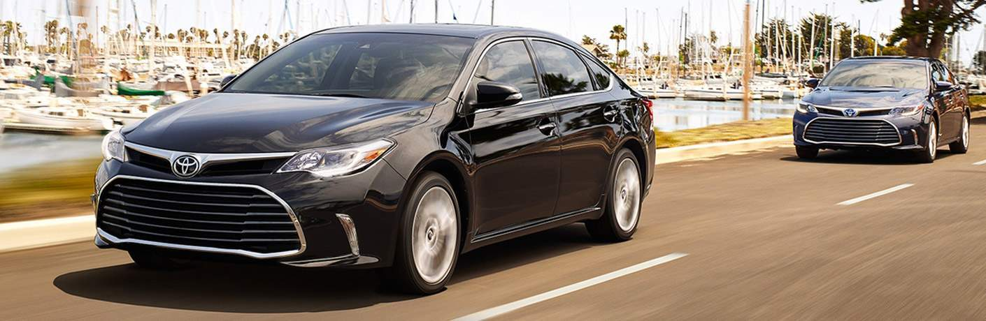 Black 2018 Toyota Avalon