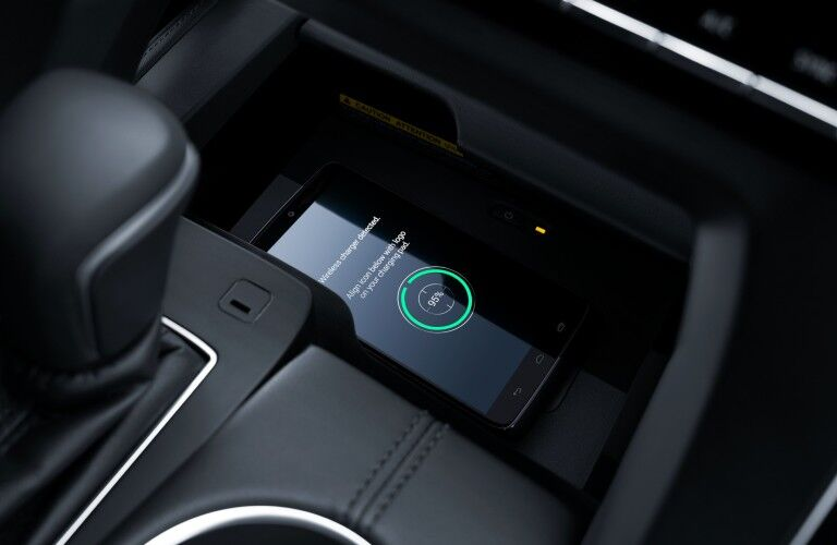 Smartphone charging in 2020 Toyota Avalon
