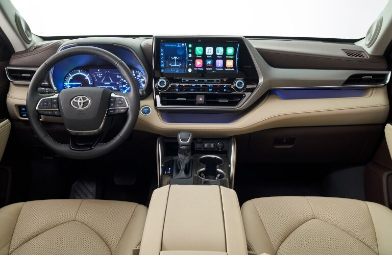 Interior view of 2020 Toyota Highlander
