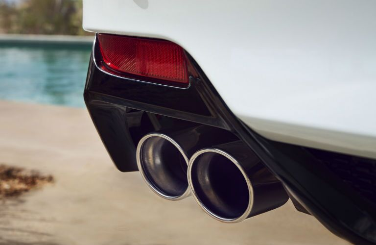 A photo of the exhaust tips on the 2020 Toyota Avalon.