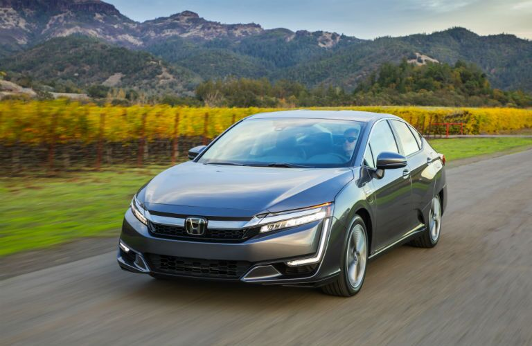 front view of a gray 2019 Honda Clarity Plug-In Hybrid