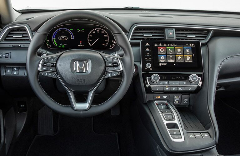 driver dash and infotainment system of a 2019 Honda Insight