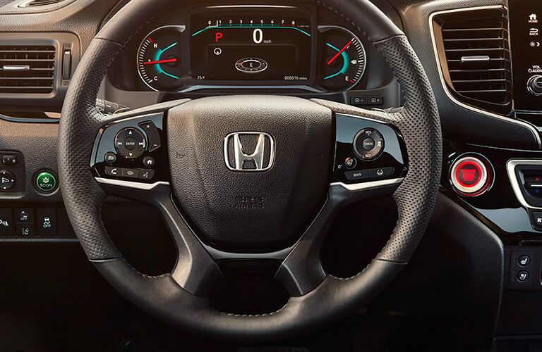 Steering wheel and dash inside 2021 Honda Passport