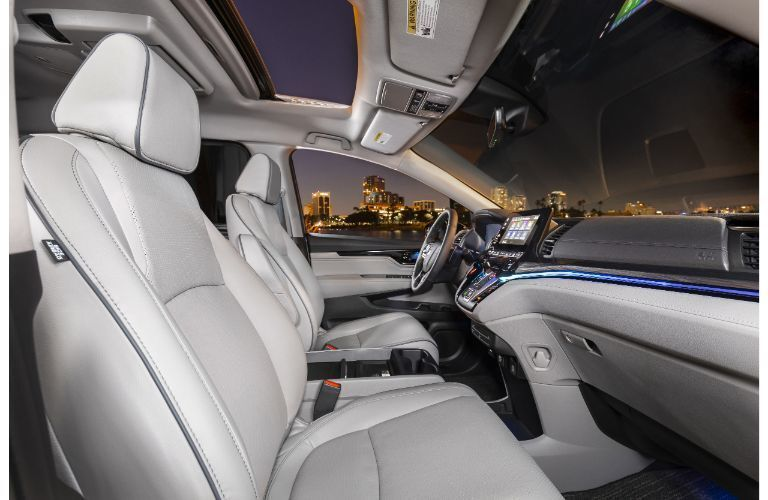 Interior front seats of 2022 Honda Odyssey