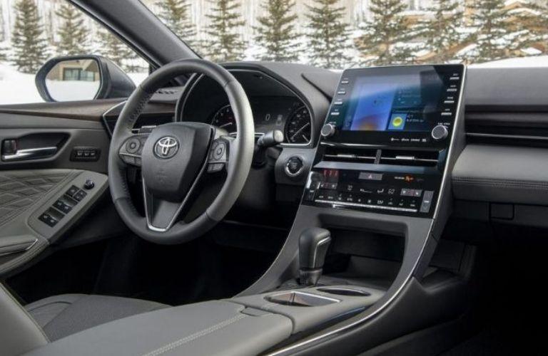 2021 Toyota Avalon center console