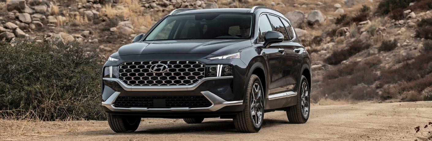 2022 Hyundai Santa Fe front quarter view