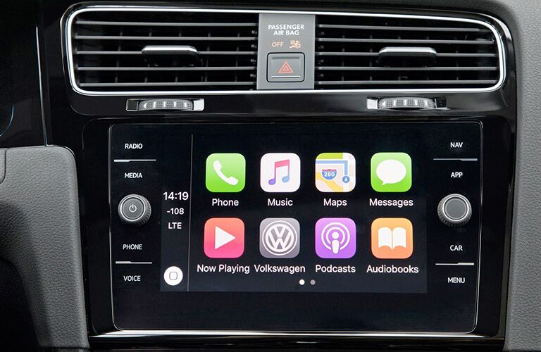 close up of the infotainment system in a 2018 Volkswagen Golf