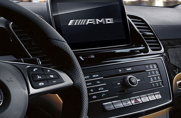 close up of the infotainment system in a 2018 Mercedes-Benz GLE SUV