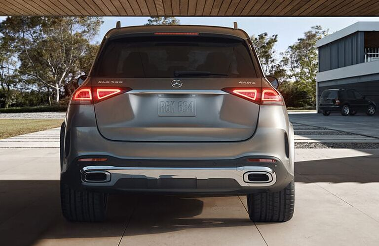 Rear view of the rear end of a 2020 Mercedes-Benz GLE
