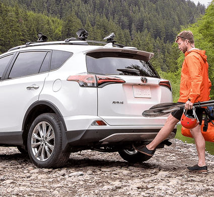 Toyota RAV4 Hands-free foot-activated liftgate