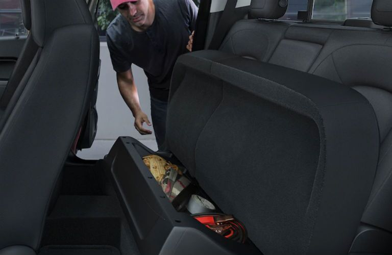 Storage space under the seats of the 2018 Chevrolet Colorado