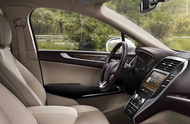 2018 Lincoln MKC's dashboard and front seats