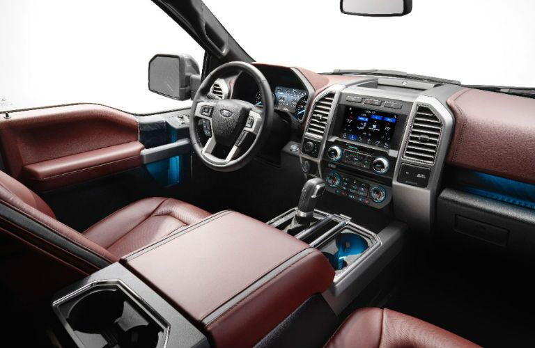 2018 Ford F-150 interior front seats