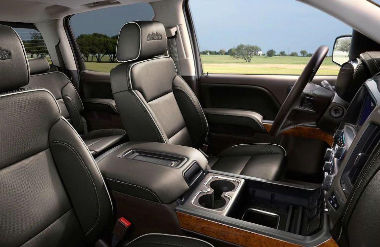 2019 Chevrolet Silverado 2500 HD front seats