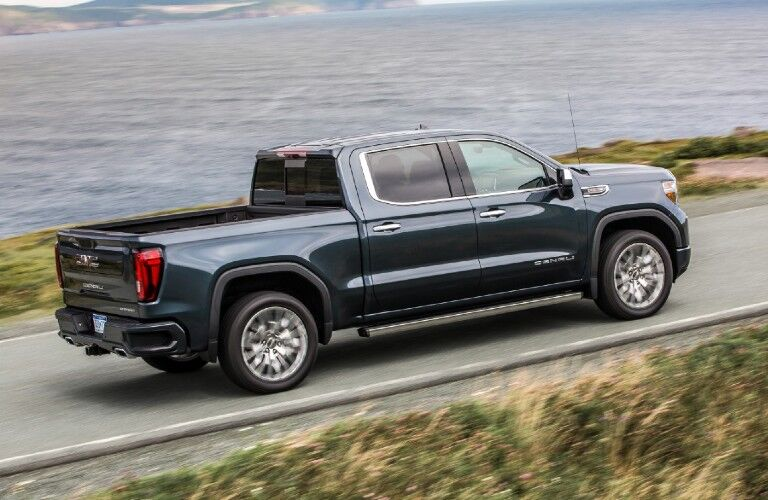 Side profile of the 2020 GMC Sierra 1500 Denali