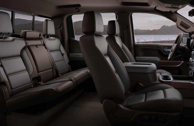 2021 GMC Sierra 1500 front and rear seats