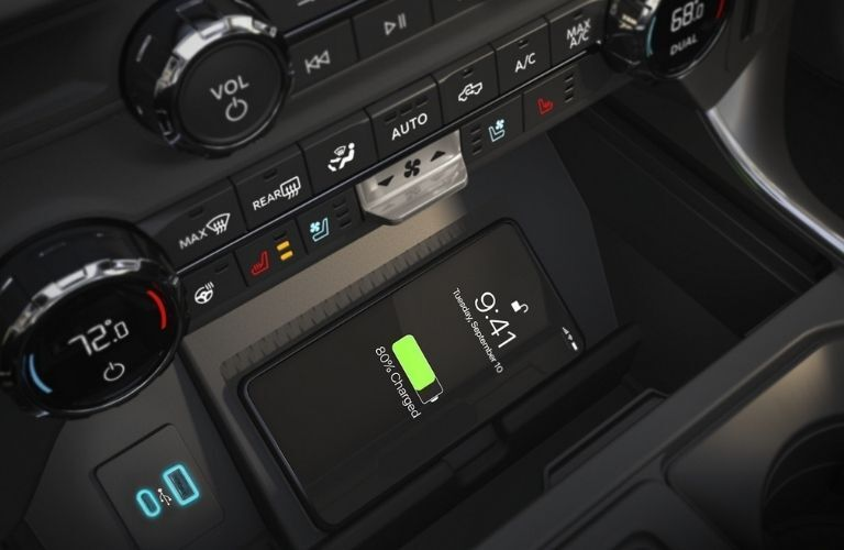 2021 Ford F-150 wireless smartphone charger