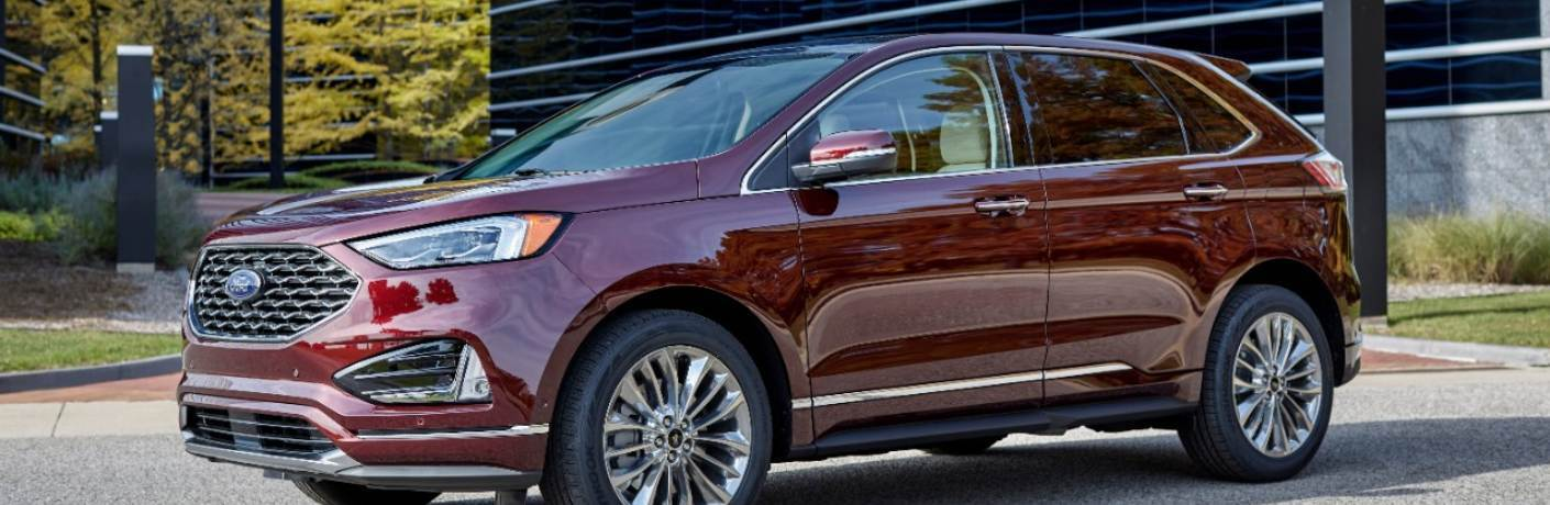 2021 Ford Edge parked in a parking lot