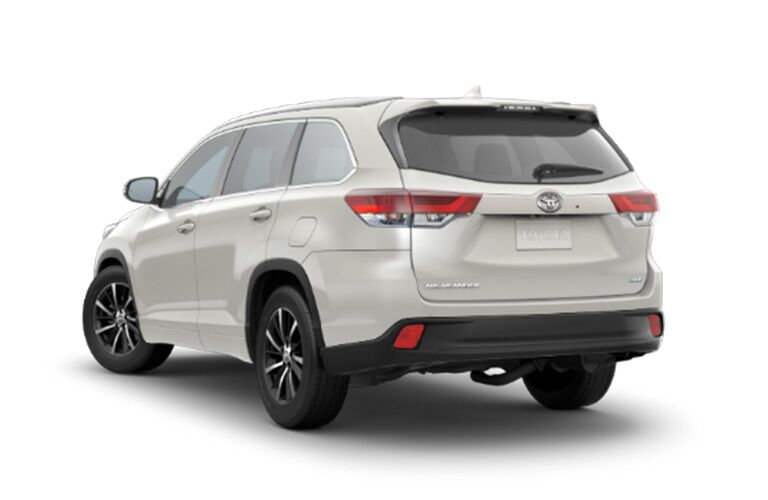 2018 Toyota Highlander XLE from the rear